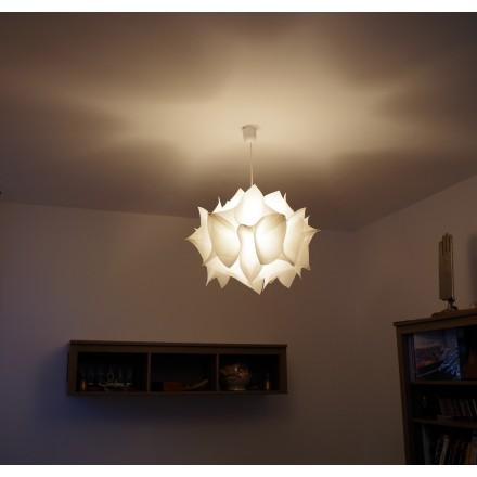 Luminaire Design Hortensia fabriqué en France, suspension en voile de bateau