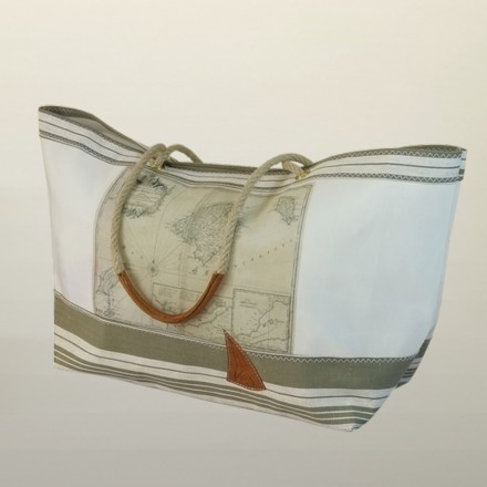 Panier en voile de bateau recyclée fabriqué en France