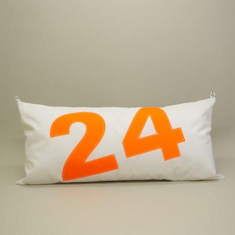 Coussin 45 cm X 90 cm en voile de bateau N°24 orange