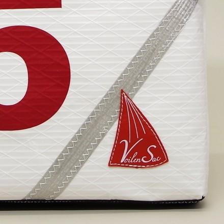 Porte document JP 5 rouge en voile de bateau