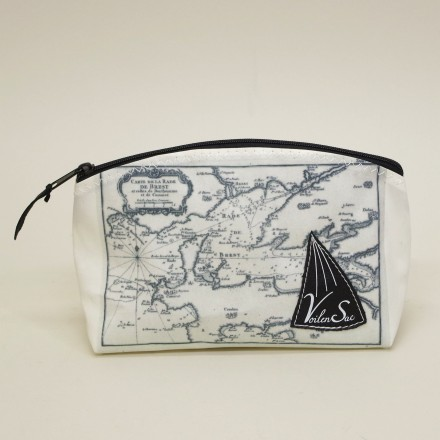 Toiletry sailin boat M